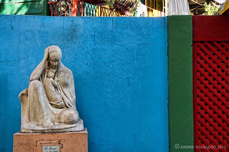 Mother and Child sculpture on the street of La Boca, Buenos Aires, Argentina.